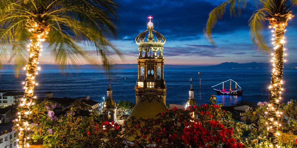 Puerto Vallarta para viajes en Navidad.