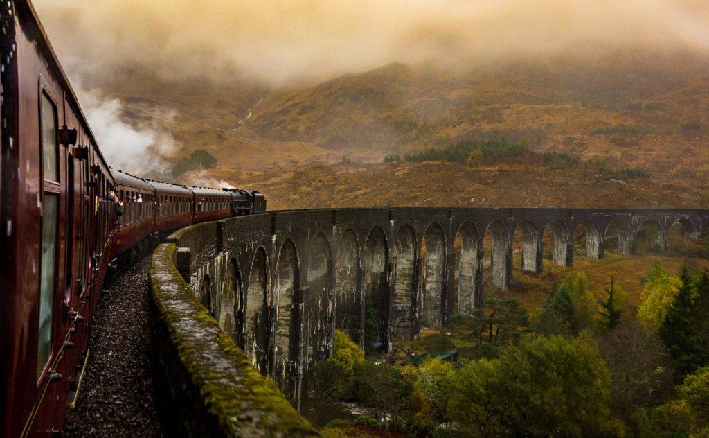 Tren de vapor The Jacobite. Foto por B K.