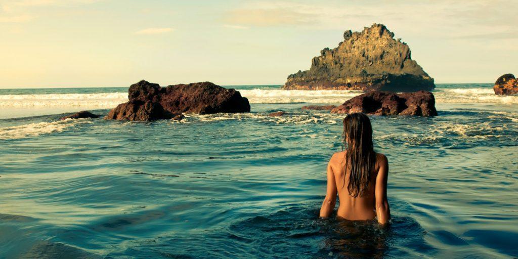 Yerbabuena otra de las playas nudistas en Oaxaca