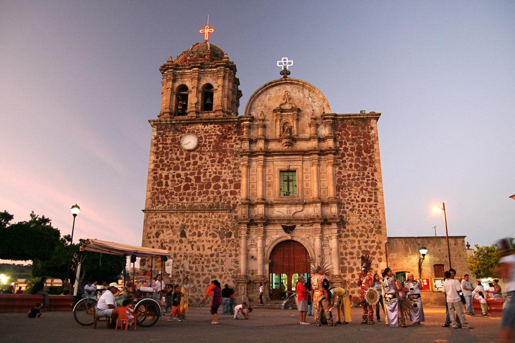 Parroquia Santiago Apostol en Tequila Pueblo Mágico