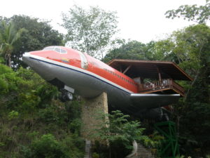 Un hotel dentro de un fuselaje de Boeing 727