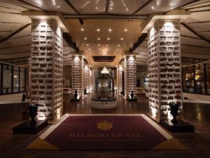 Entrada del Hotel Palacio de Sal.