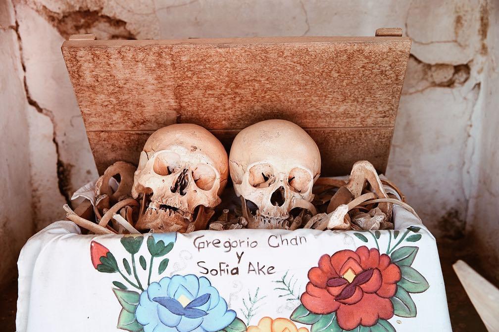 Ritual de día de muertos en Pomuch.